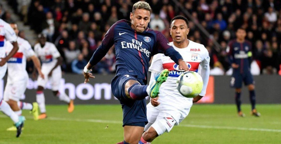 (SP)FRNACE-PARIS-SOCCER-LIGUE 1-PARIS SAINT GERMAIN VS LYON